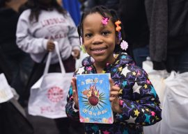 First Book gave away 20,000 books to Chicago kids, in partnership with the Chicago Housing Authority - Event photography by Michael Courier